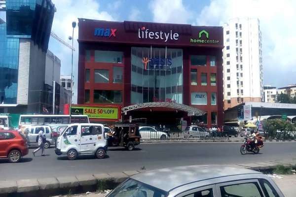 Oasis Centre Grand Mall - Edappal
